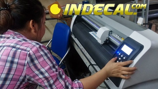 In decal trong, decal giấy, in decal nhựa giá rẻ tại Tp.HCM